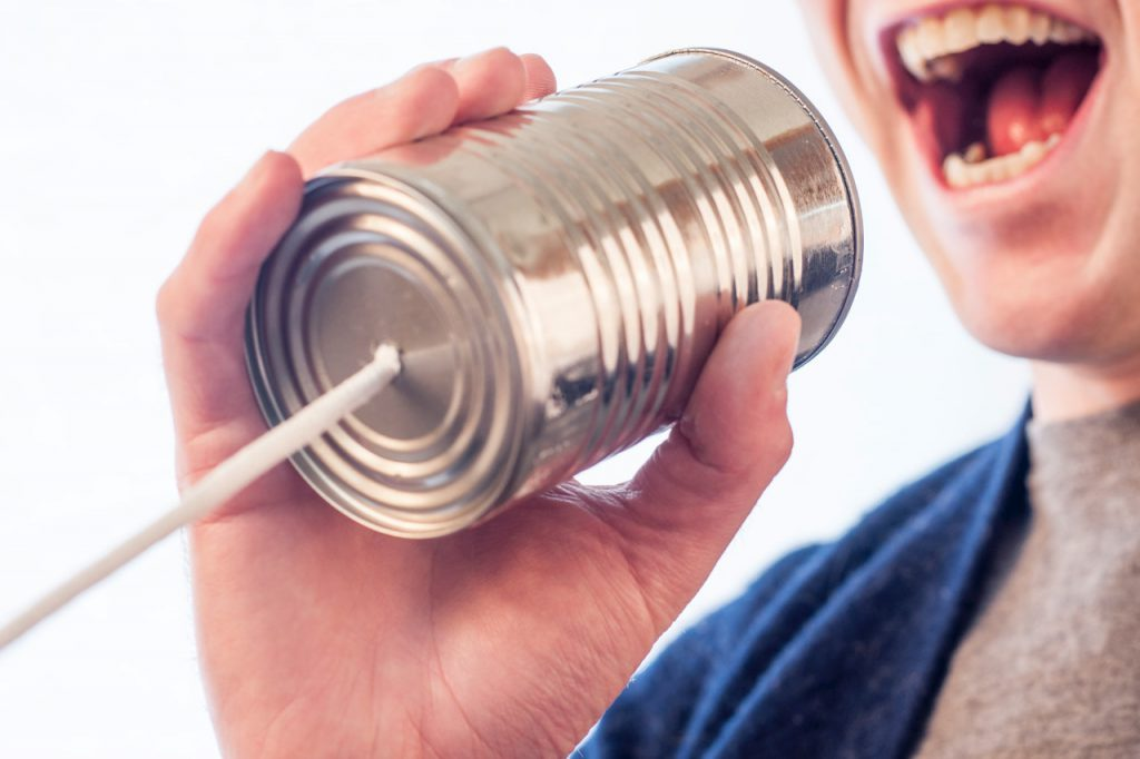 Cómo cuidar la voz: consejos desde la logopedia