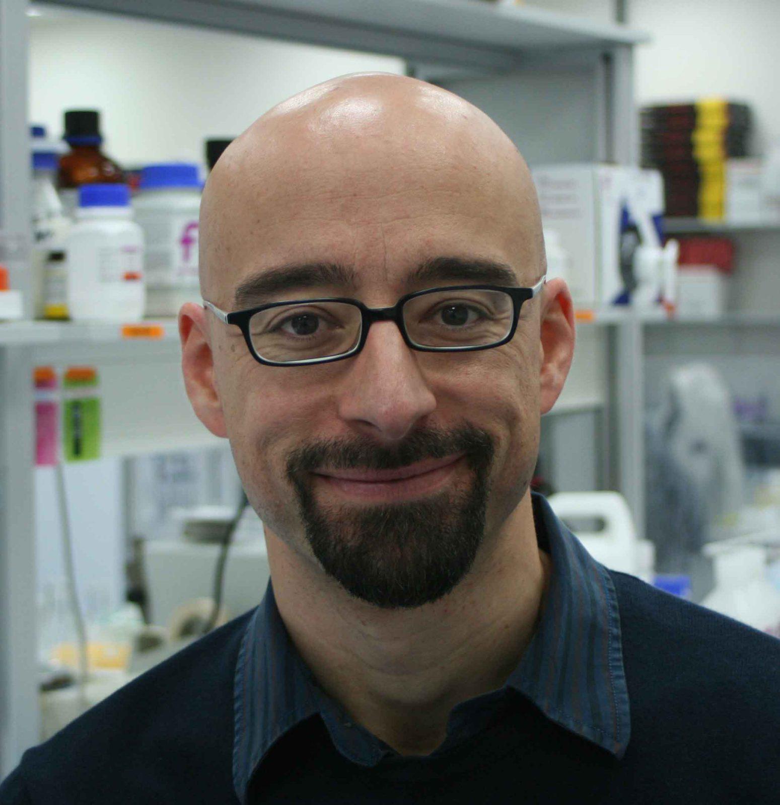 Dr. Salvador Macip