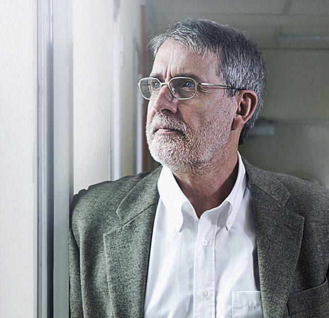 Dr. F Xavier Bosch