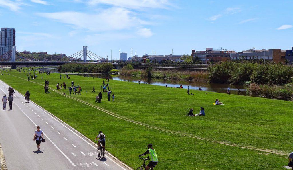 Caracterización de los usos sociales en 3 parques de Santa Coloma de Gramanet