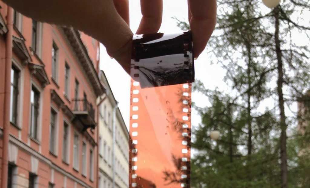 """Carlos Martín: """"Trabajar como 'film researcher' es una experiencia muy enriquecedora"""""""