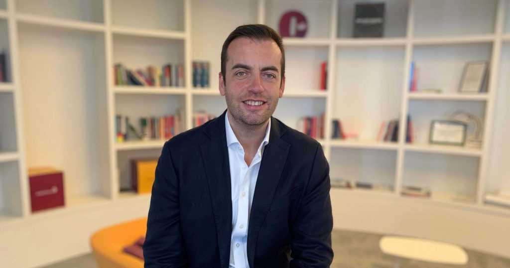 """Carlos Parry, director de la Fund. AstraZeneca: """"Per gestionar una crisi de reputació el que és més efectiu és la transparència"""""""