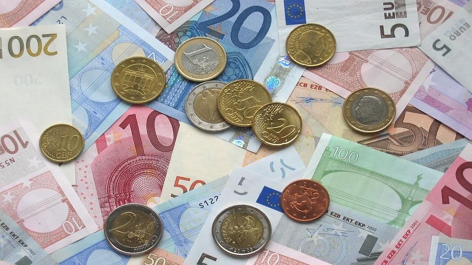 El pago con tarjeta desbanca el pago en efectivo