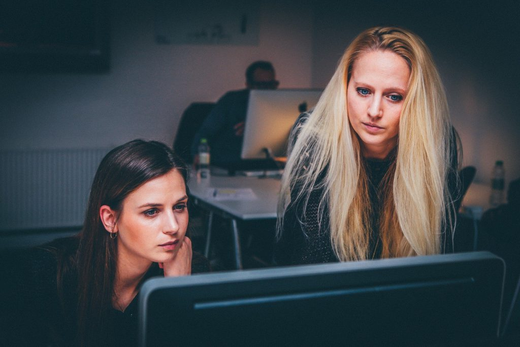 Tres retos para la igualdad de género en la Economía y la Empresa