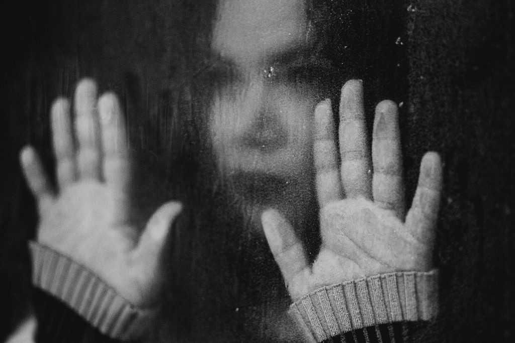 La impotencia de la justicia penal ante la violencia de género: visiones de los profesionales y de las víctimas