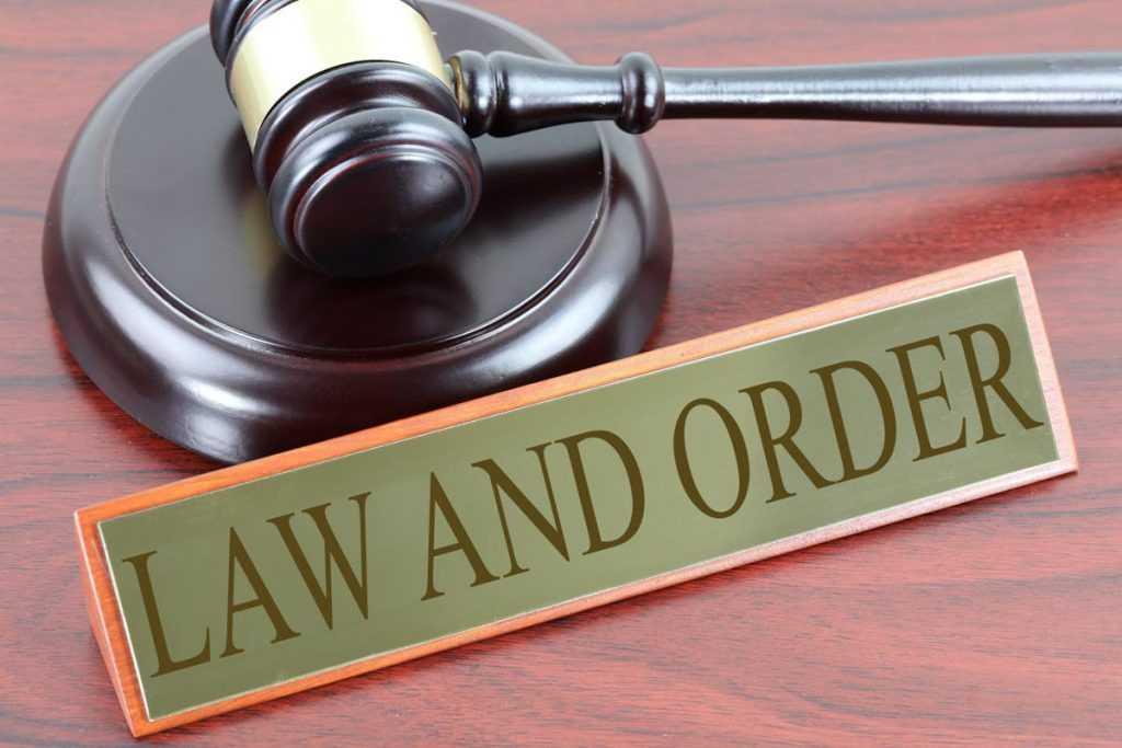«¡Quiero un abogado!». Las series de televisión y el derecho.