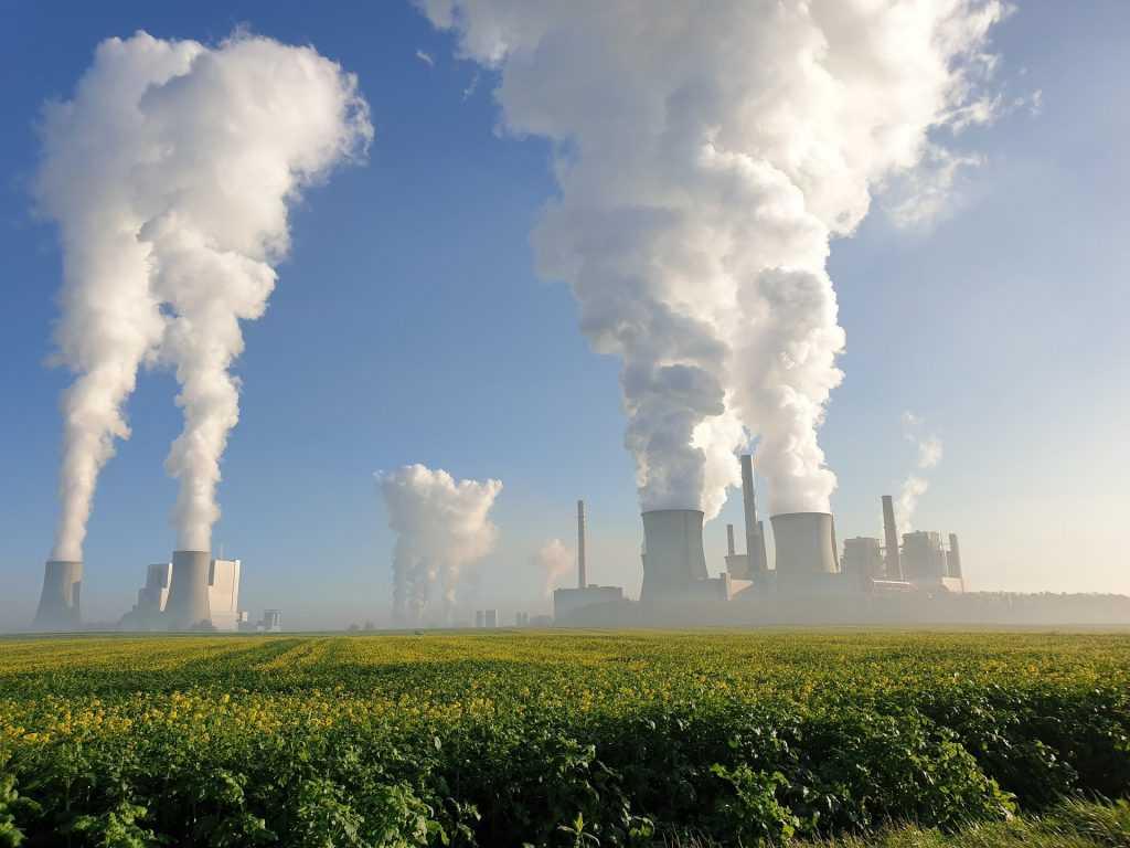 El Tribunal de La Haya obliga a Shell a reducir un 45% sus emisiones de CO₂