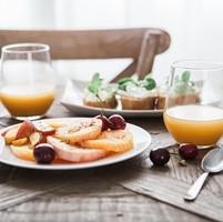 5 hábitos conductuales para disfrutar de la alimentación en verano