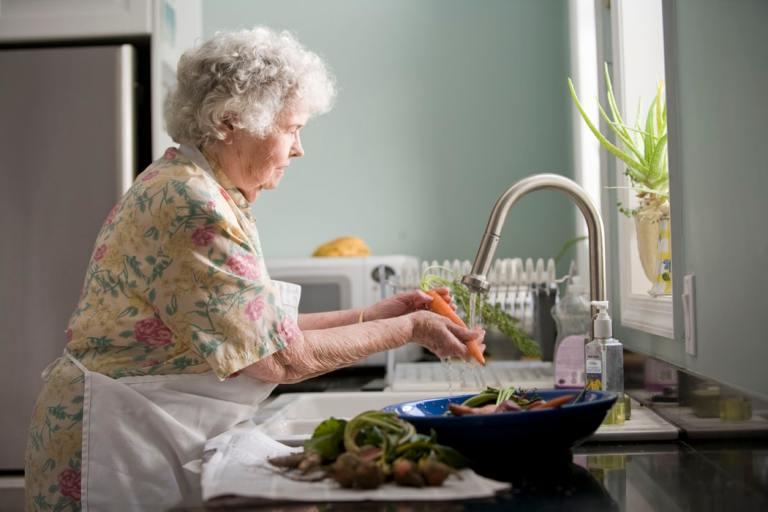 Las personas mayores ante el confinamiento por la Covid-19