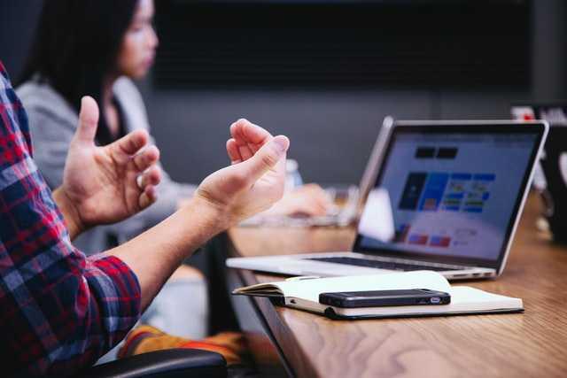 Siete usos que pueden darse al debate o foro educativo en línea