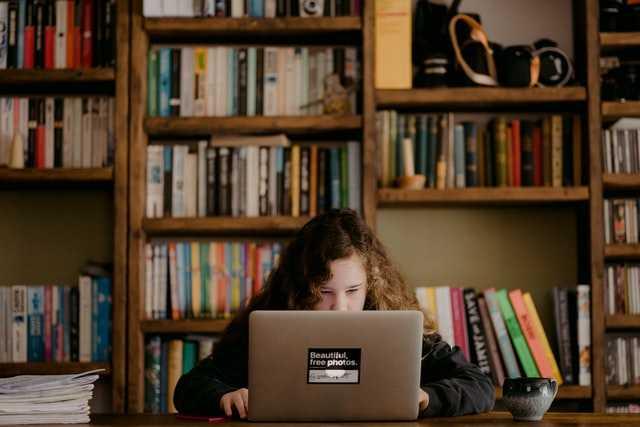 Retos de futuro de la Educación, la Psicología y la Acción Social
